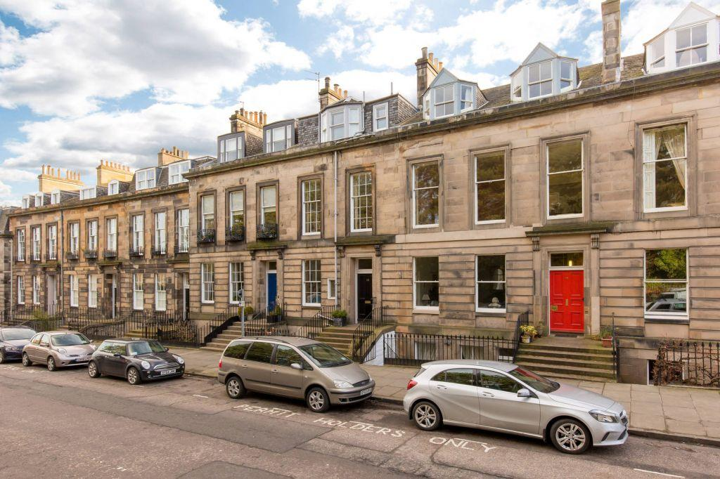 3 Bedrooms Maisonette Flat for sale in 14 (1F) Inverleith Terrace, Edinburgh, EH3 5NS