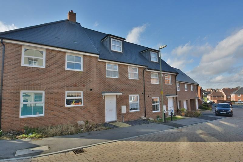 3 Bedrooms Town House for sale in Tailor Close, Andover
