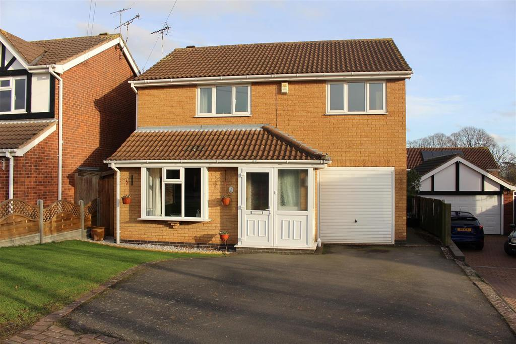 4 Bedrooms Detached House for sale in Honeycomb Close, Narborough, Leicester