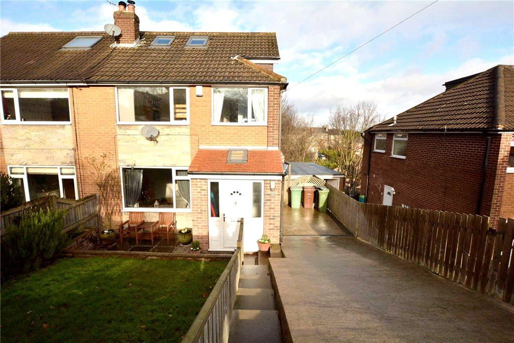 4 Bedrooms Semi Detached House for sale in Littlemoor View, Pudsey, West Yorkshire