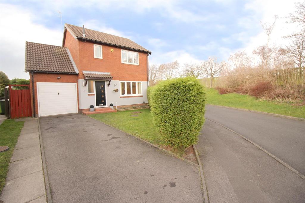 3 Bedrooms House for sale in Hatfield Drive, Seghill, Cramlington
