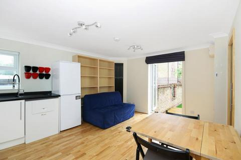 2 bedroom semi-detached house to rent - Cunard Walk, London, SE16