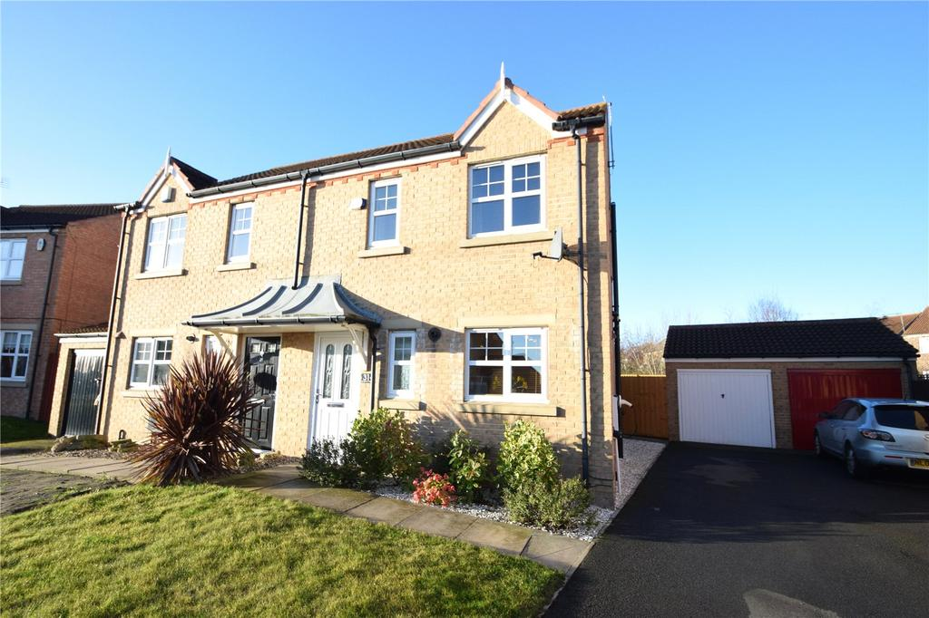 3 Bedrooms Semi Detached House for sale in Stoneycroft Way, Seaham, Co. Durham, SR7