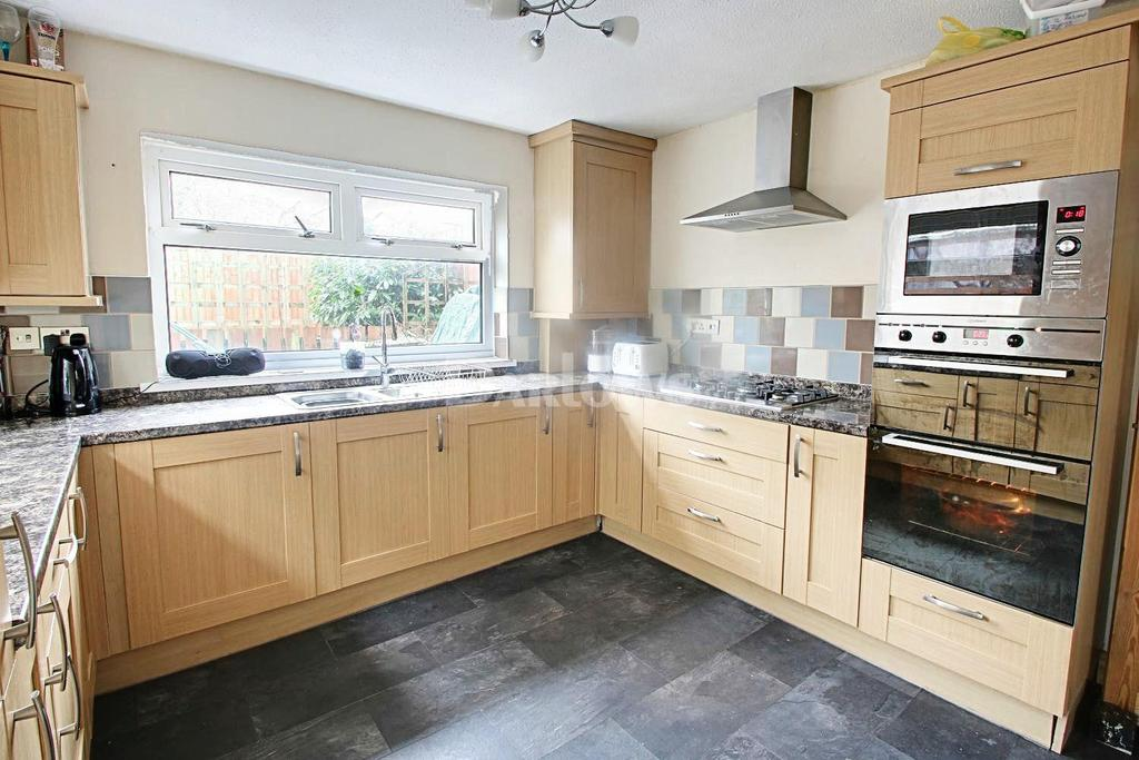 3 Bedrooms Terraced House for sale in King Street, Brynmawr, Blaenau Gwent