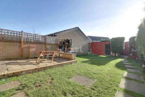 3 bedroom detached house for sale - Oleander Crescent, Northampton