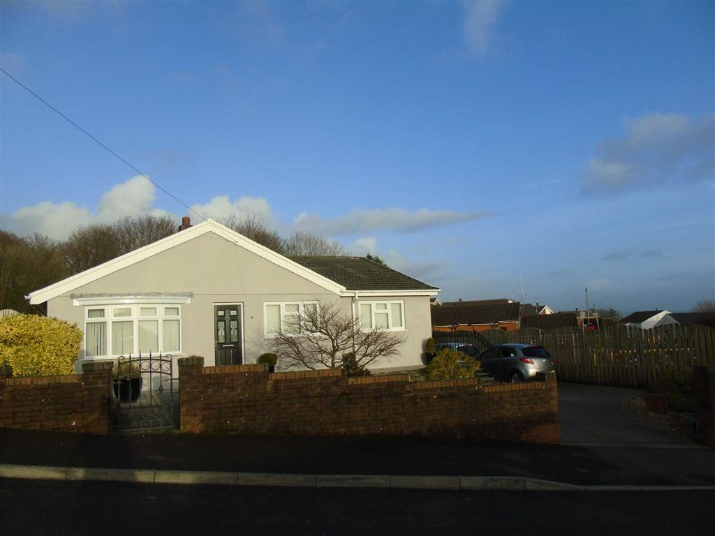 4 Bedrooms Detached Bungalow for sale in Heol Nant, Swiss Valley, Llanelli