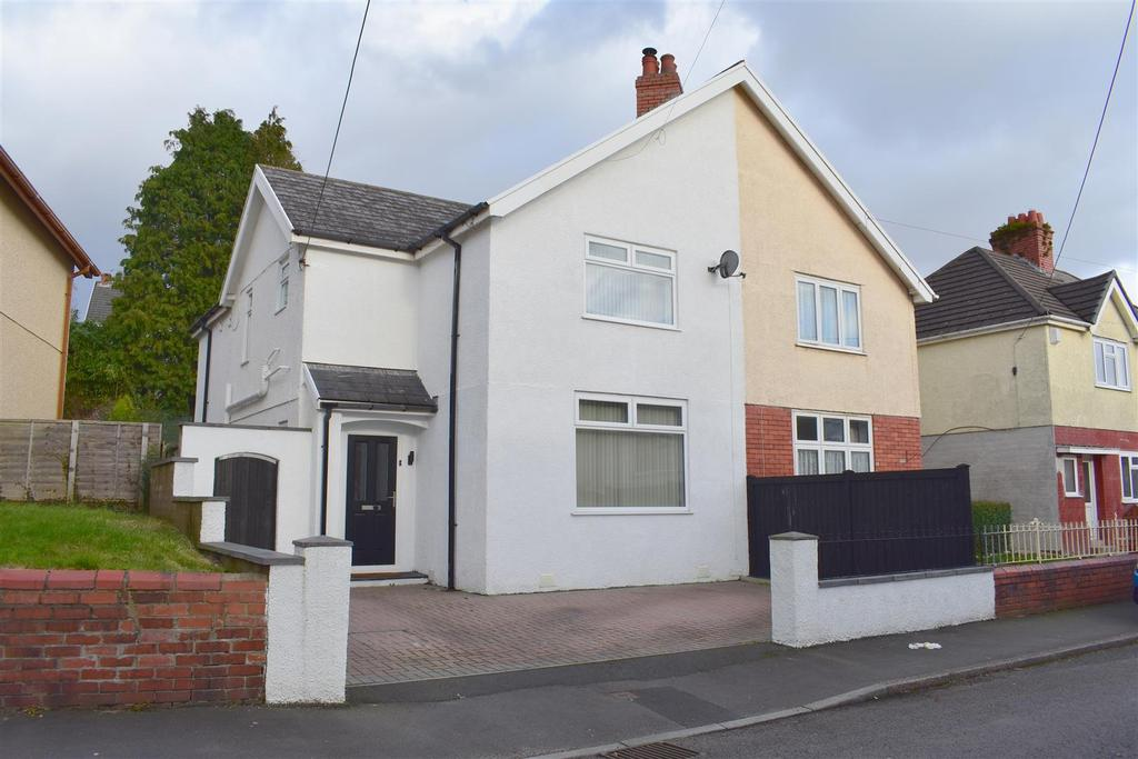 3 Bedrooms Semi Detached House for sale in Grove Road, Clydach, Swansea