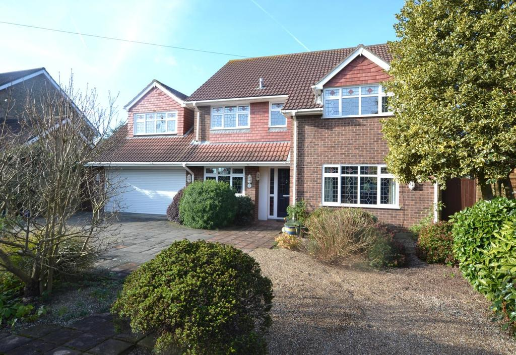 5 Bedrooms Detached House for sale in Stock Road, Billericay, Essex, CM12