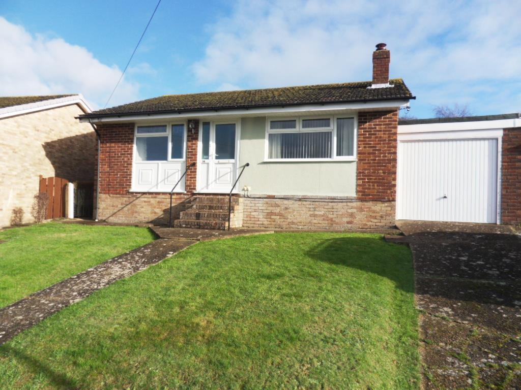2 Bedrooms Bungalow for sale in Vereker Drive, East Cowes