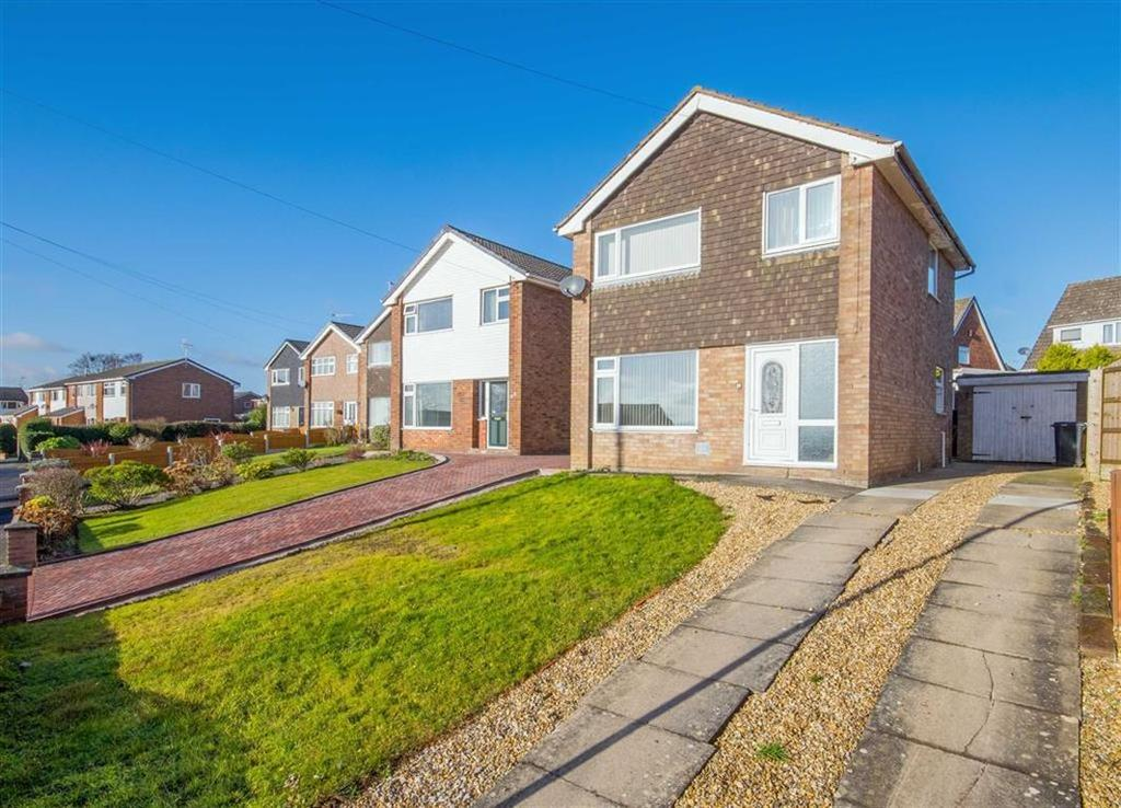 3 Bedrooms Detached House for sale in Langford Crescent, Buckley