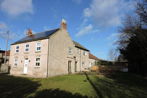 4 bedroom country house for sale - Main Street, Middleton, Pickering