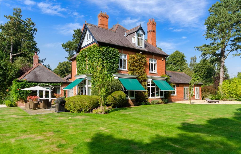 6 Bedrooms Unique Property for sale in Leander, 34 Horncastle Road, Woodhall Spa, Lincolnshire, LN10