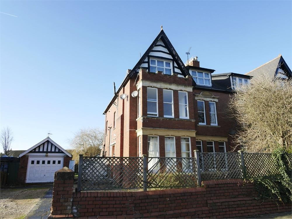 2 Bedrooms Flat for sale in 63 Westbourne Road, Penarth