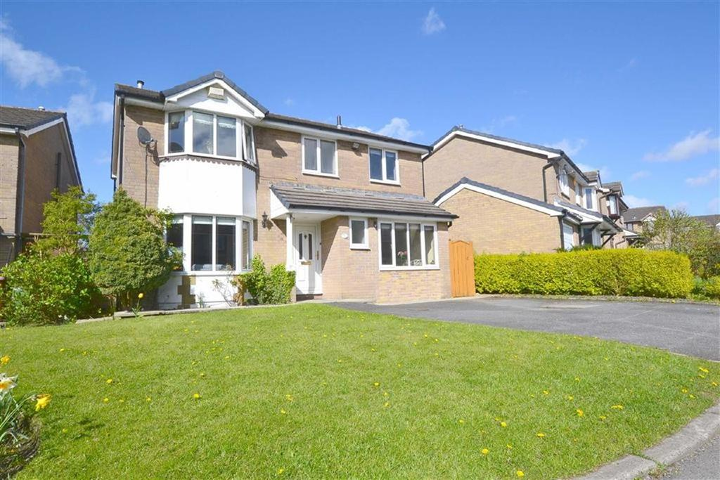 4 Bedrooms Detached House for rent in Reedfield, Reedley, Lancashire