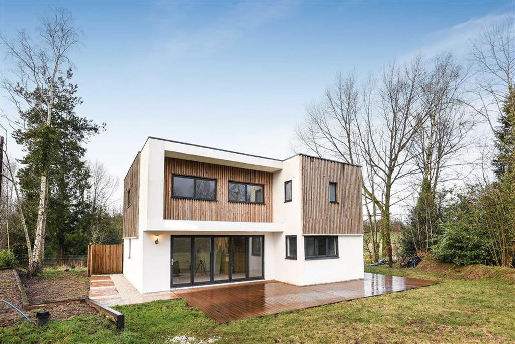 3 Bedrooms Detached House for sale in Chapel Hill, Uffculme, Cullompton, Devon, EX15