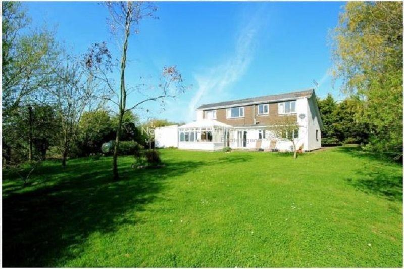 4 Bedrooms Detached House for sale in Broad Street Common, Peterstone Wentlooge, Cardiff, Cardiff. CF3