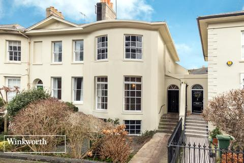 4 bedroom house for sale - Hanover Crescent, Brighton, East Sussex, BN2
