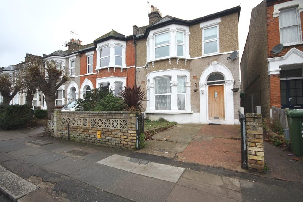 2 Bedrooms Ground Flat for sale in Minard Road, Catford, London, SE6