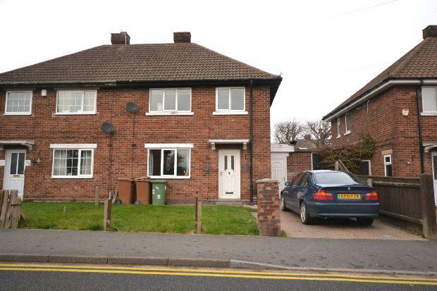 3 Bedrooms Semi Detached House for sale in Sandringham Road, Cleethorpes