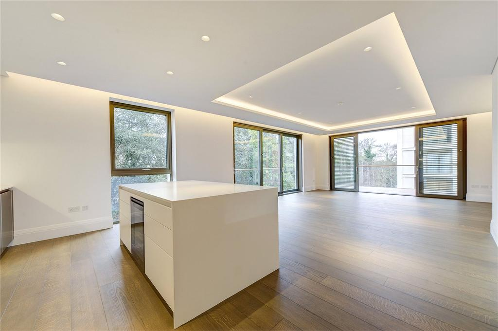 3 Bedrooms Flat for sale in Holland Park Villas, 6 Campden Hill, London, W8