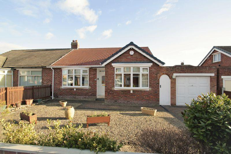 2 Bedrooms Semi Detached Bungalow for sale in Elton Grove, Fairfield, Stockton, TS19 7RF