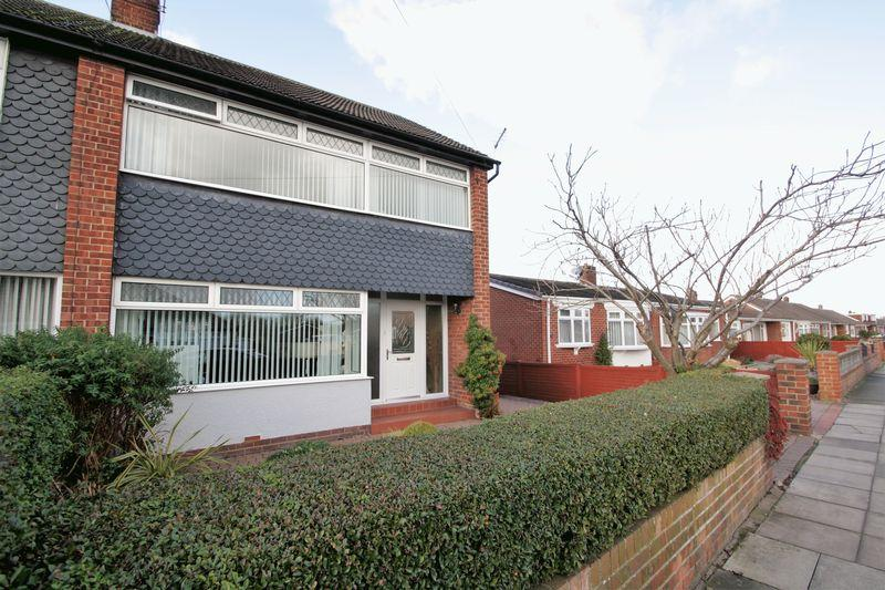 3 Bedrooms Semi Detached House for sale in Whitton Road, Fairfield, Stockton, TS19 7DN