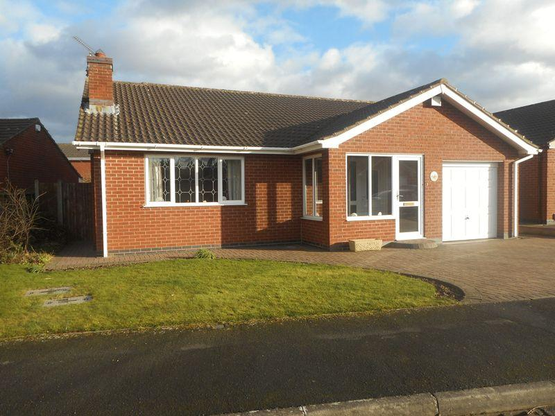 2 Bedrooms Detached Bungalow for sale in Rainsbrook Drive, Nuneaton