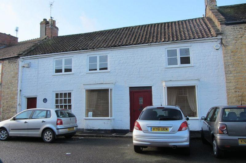3 Bedrooms Terraced House for sale in Court Barton, Crewkerne