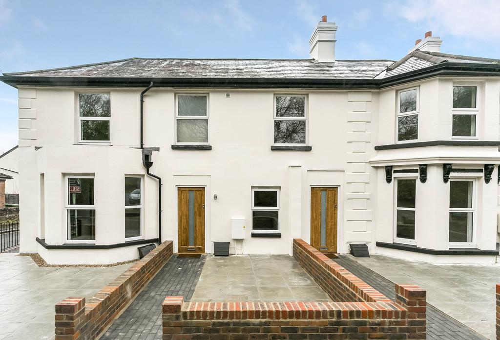 2 Bedrooms Terraced House for sale in Langton Road, Langton Green