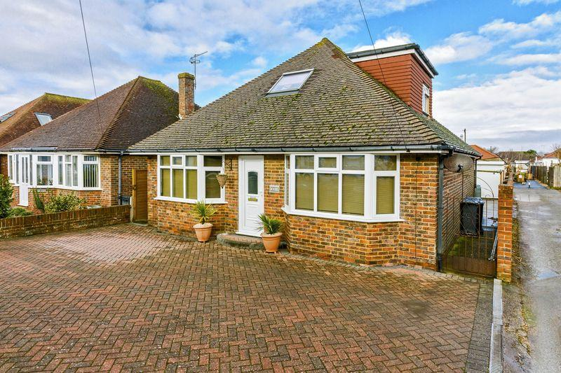 3 Bedrooms Bungalow for sale in Brighton Road, Lancing