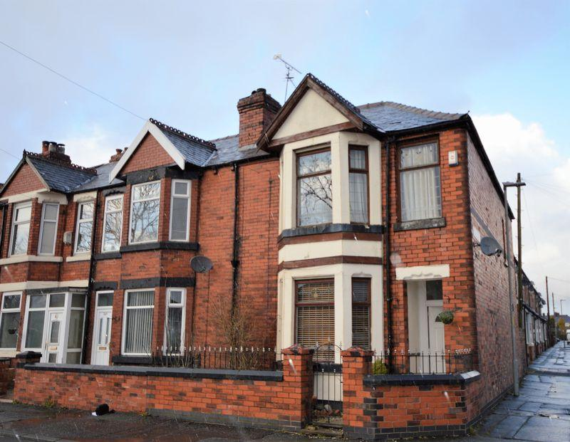 2 Bedrooms Terraced House for sale in Nuthurst Road, Manchester