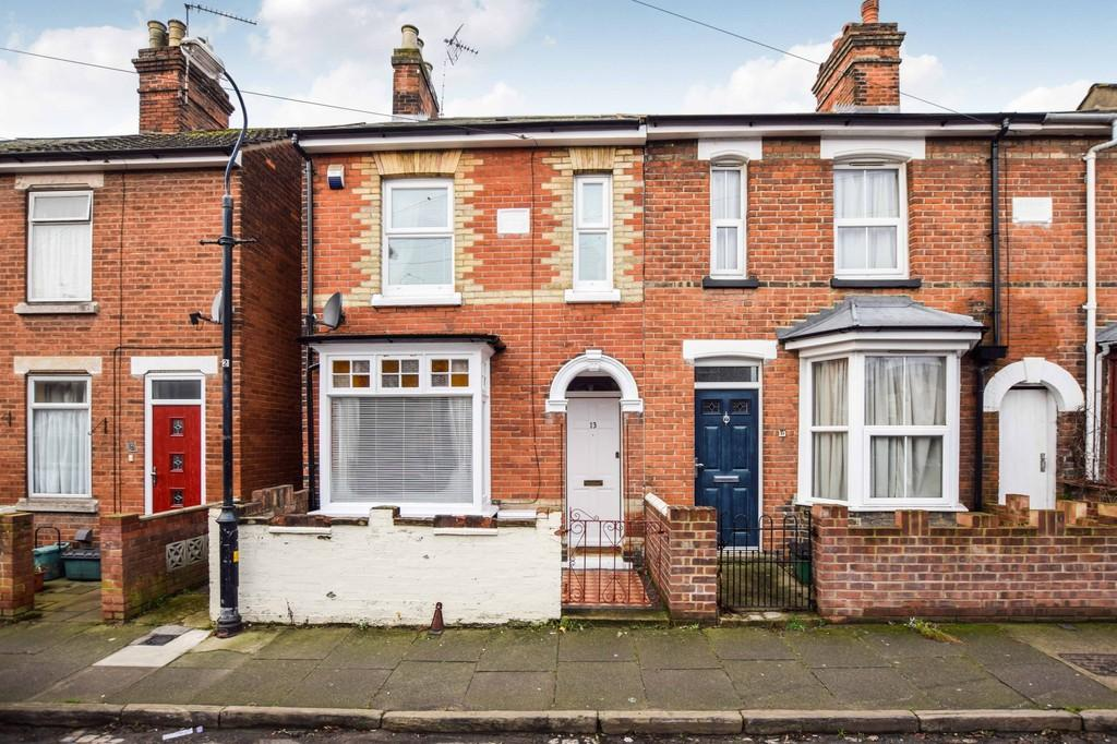 3 Bedrooms End Of Terrace House for sale in Albion Grove, Colchester, CO2 7RZ
