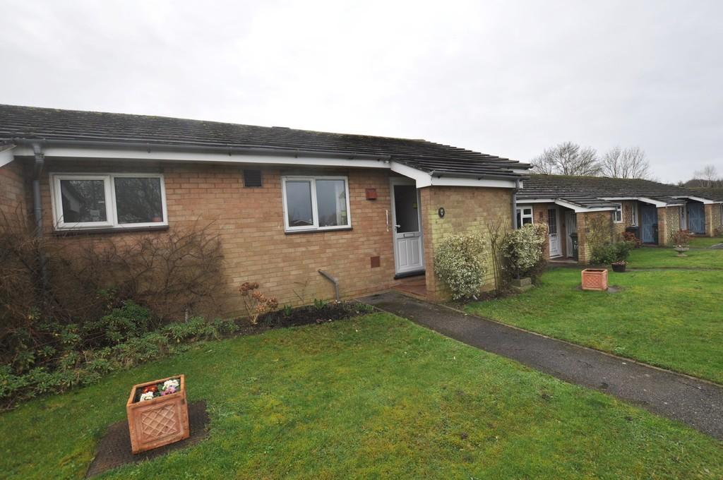 1 Bedroom Terraced Bungalow for sale in Powell Close, Onslow Village