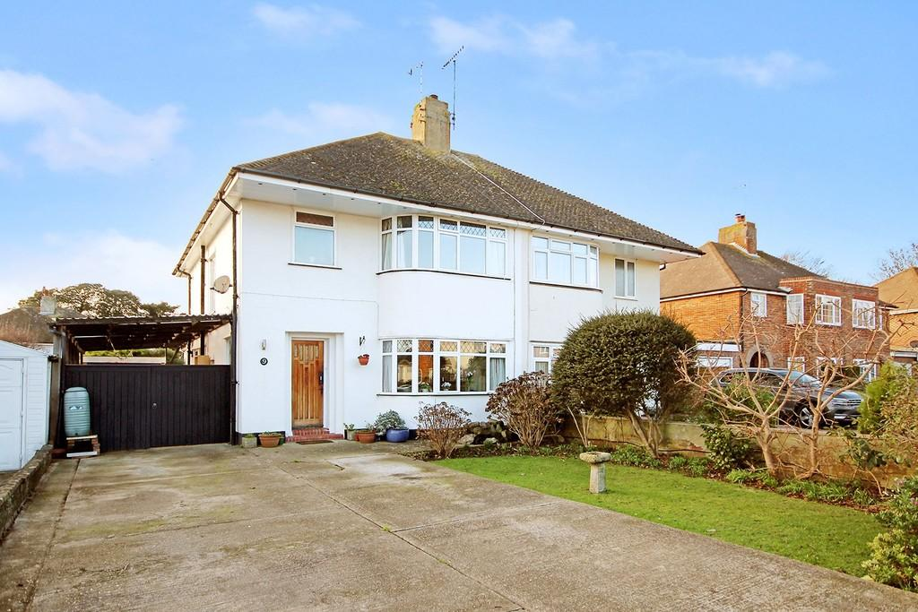 3 Bedrooms Semi Detached House for sale in Nutley Close, Goring by Sea BN12 4JZ