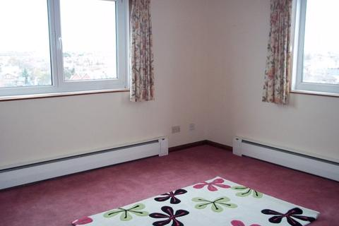 2 bedroom flat to rent - Tower House, Clarendon Road, PO5 2LA