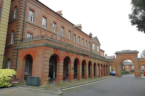 1 bedroom apartment to rent - The Colonnades, Royal Gate, Southsea, PO4 9XP