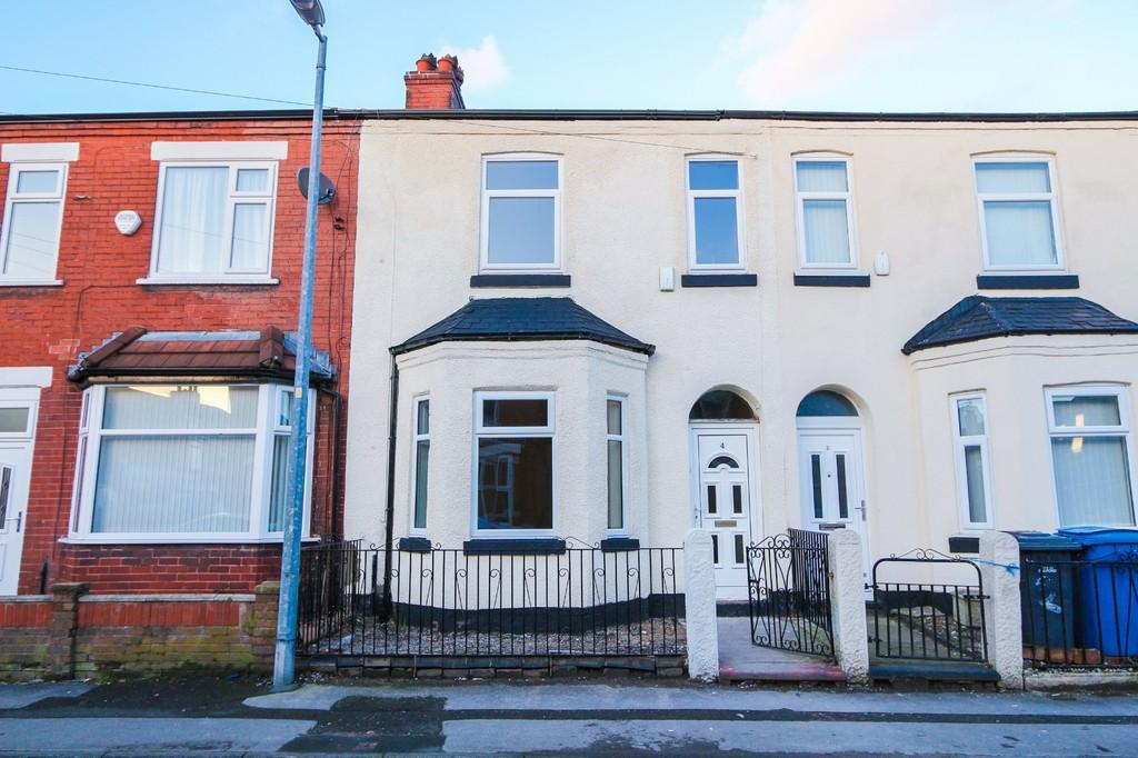 3 Bedrooms Terraced House for sale in 4 Dean Road, Cadishead, Manchester