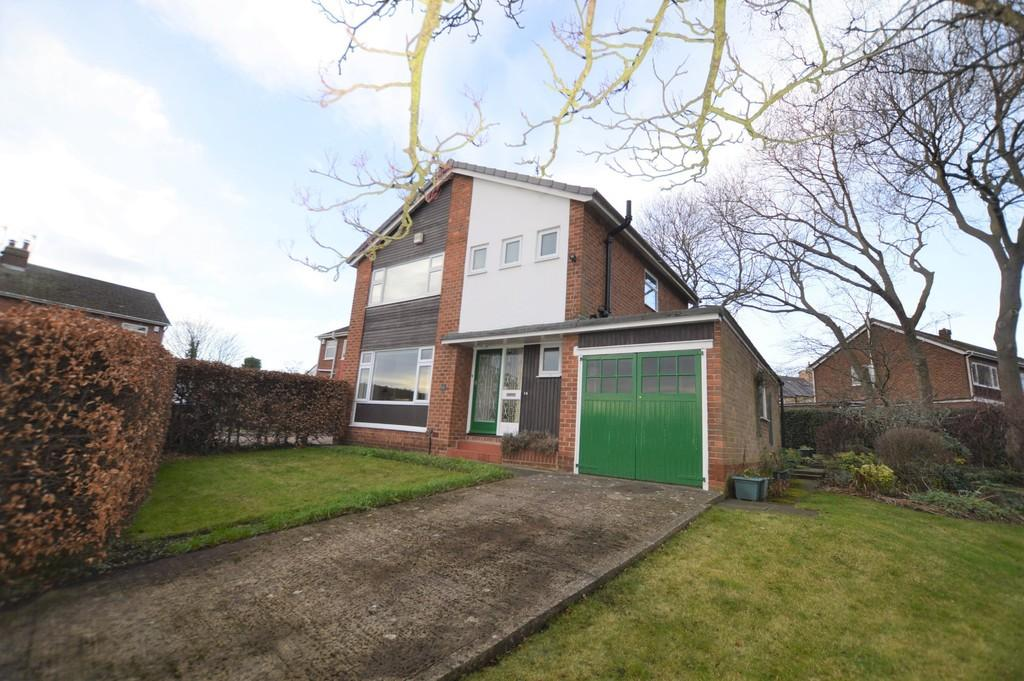 3 Bedrooms Detached House for sale in The Dene, Wylam