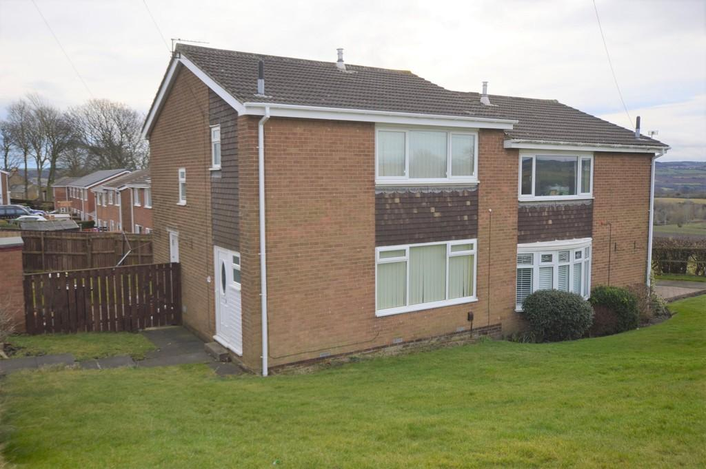 3 Bedrooms Semi Detached House for sale in Coldstream Drive, Winlaton