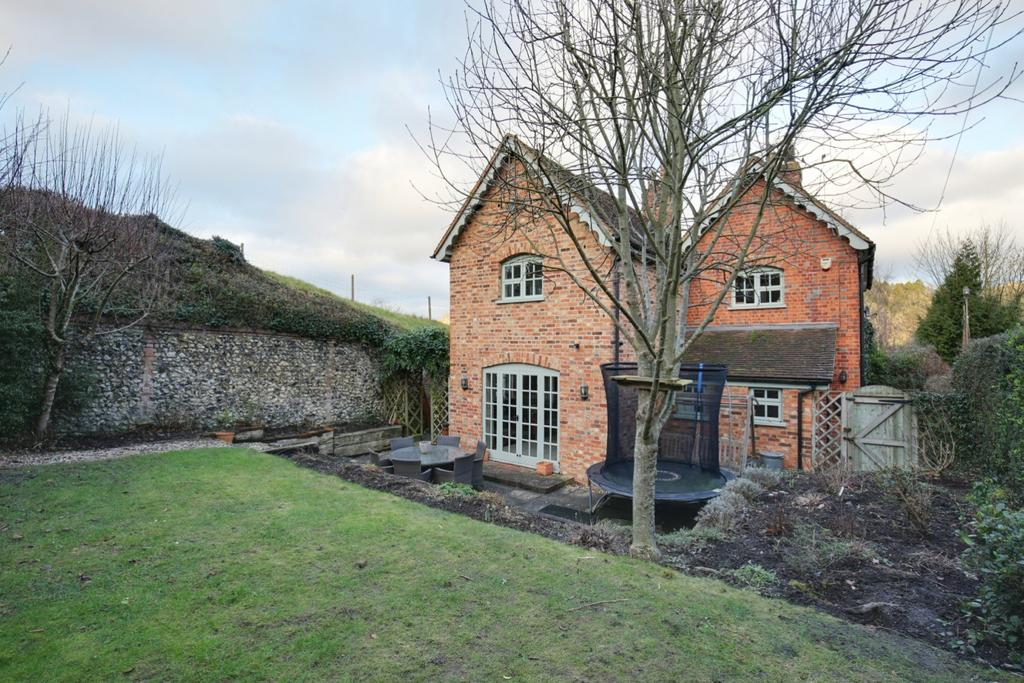3 Bedrooms Cottage House for sale in Lower Assendon