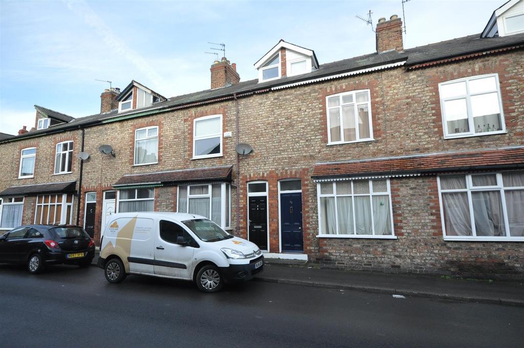 3 Bedrooms Terraced House for sale in Westwood Terrace, York, YO23 1HL