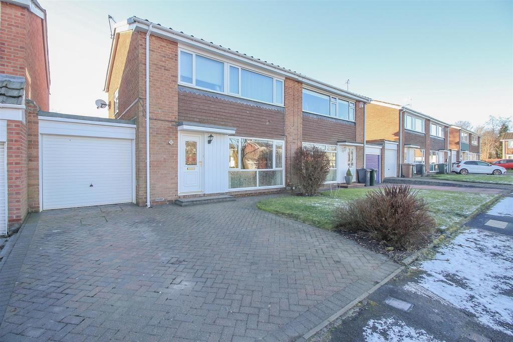 3 Bedrooms House for sale in Highfield Place, Wideopen, Newcastle Upon Tyne