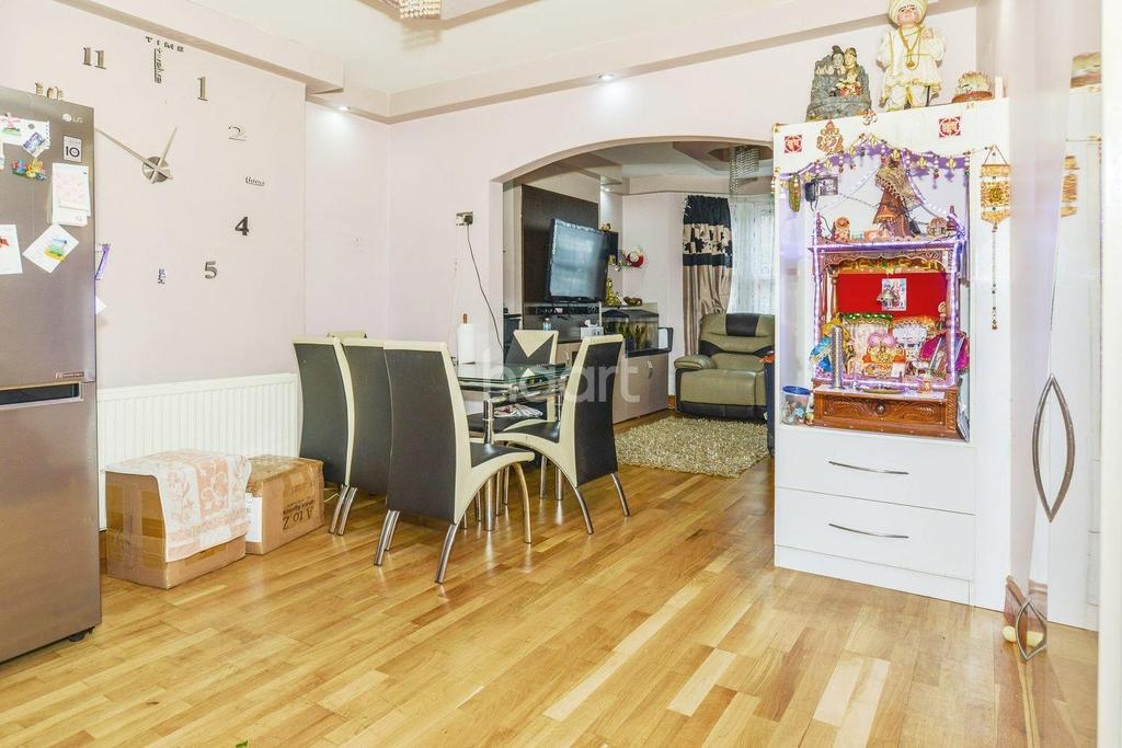 5 Bedrooms Terraced House for sale in Havelock Road, HA3
