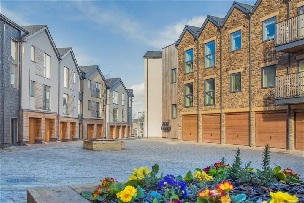 4 Bedrooms Semi Detached House for sale in Baltic Wharf, St Peter's Quay, Totnes, Devon, TQ9