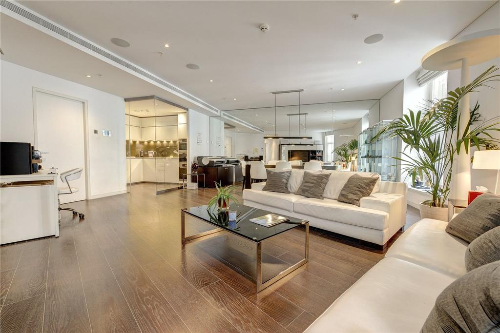 3 Bedrooms Apartment Flat for sale in Marconi House, The Strand, WC2R