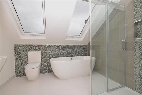 5 bedroom semi-detached bungalow for sale - Desmond Way, Brighton, East Sussex