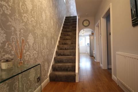 3 bedroom semi-detached house for sale - Anlaby Park Road North, Hull, HU4