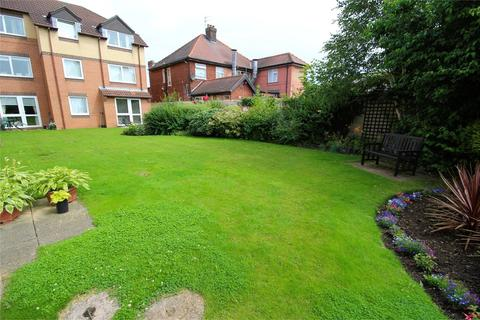 1 bedroom apartment for sale - Albion Court, Anlaby Common, Hull, HU4