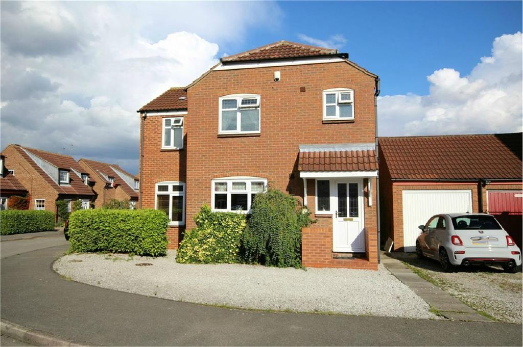 3 Bedrooms Detached House for sale in The Willows, Hessle, HU13