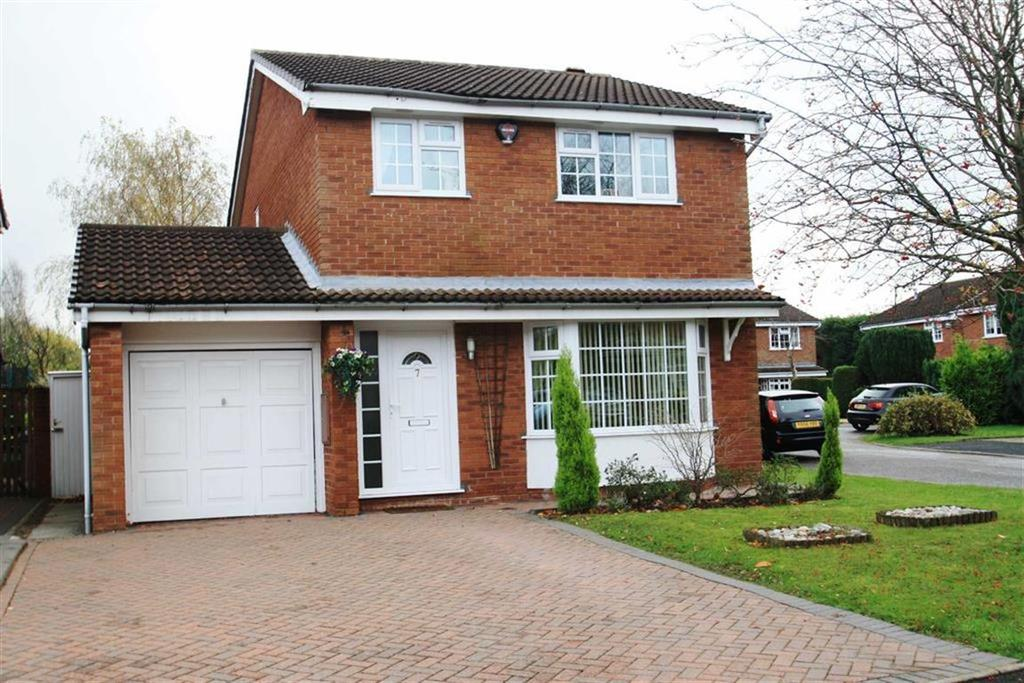 4 Bedrooms Detached House for sale in Turnberry Drive, Wilmslow
